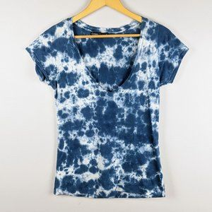 Gypsy 05 Tie Dyed Blue and White Short Sleeve Top